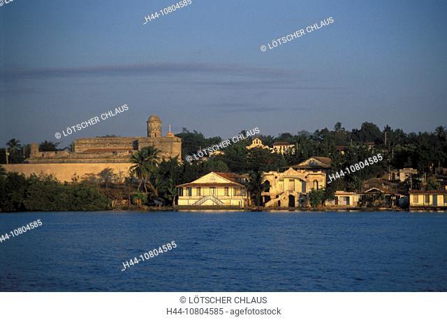 Castillo de Nuestra Senora de los Angeles de Jagua, Cienfuegos Bay, coast, Cuba, sea, Caribbean