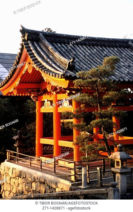 Japan, Kansai, Kyoto, Kiyomizu dera Temple, bell tower