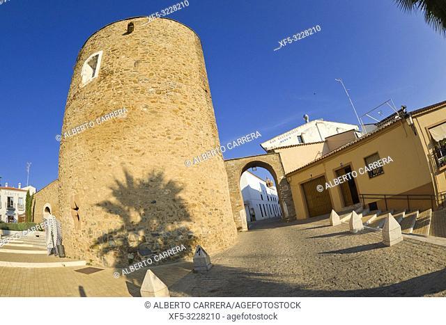 Puerta de Badajoz, Puerta del Cubo, Arco del Cubo, City Wall, Zafra, Badajoz, Extremadura, Spain, Europe