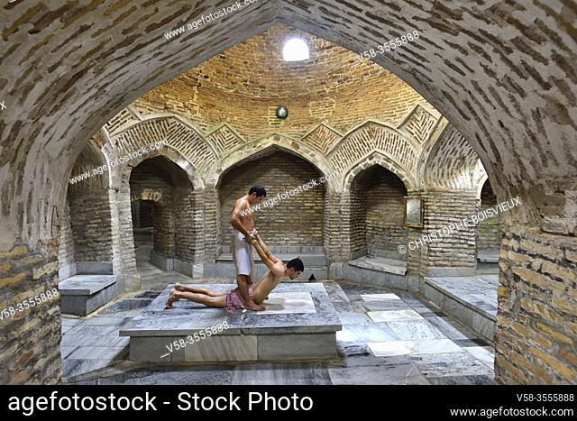 Uzbekistan, Unesco World Heritage Site, Bukhara, Hammam Bazar-i-Kord (16th C), Traditional massage