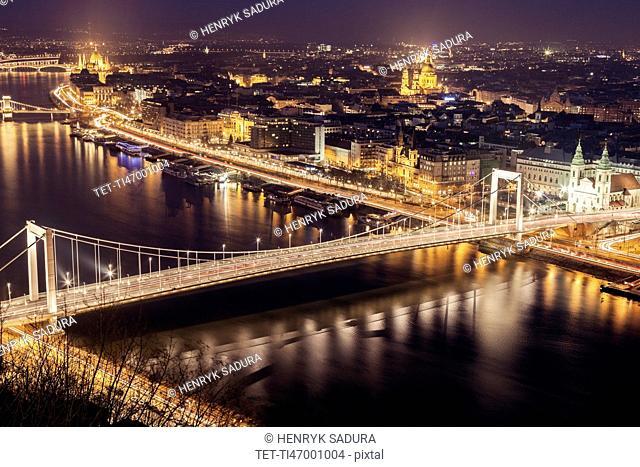 Elevated view of Elisabeth Bridge at night