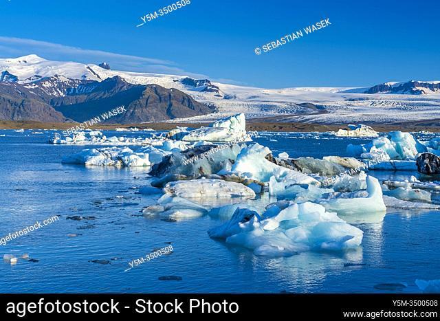 Jökulsárlón glacial lagoon, Eastern Region, Iceland