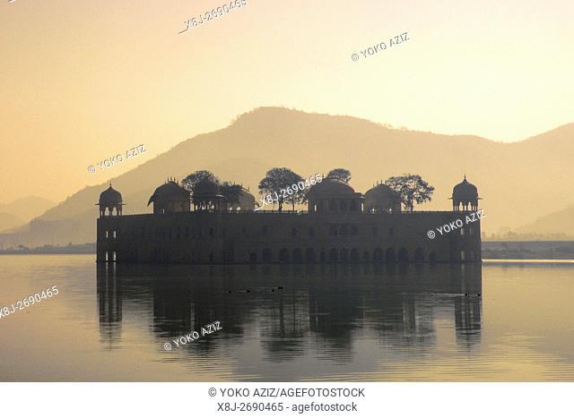 Jal Mahal, surrounding of Jaipur, Rajasthan, India