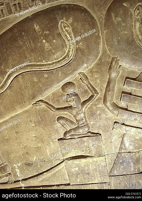 """Egypt, Dendera temple, in a crypt, strange scene called """"""""light bulb"""""""", sometimes seen as a proof that Ancient Egyptians knew electricity"""