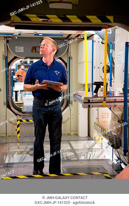 NASA astronaut Tim Kopra, Expedition 46 flight engineer and Expedition 47 commander, participates in a routine operations training session in an International...