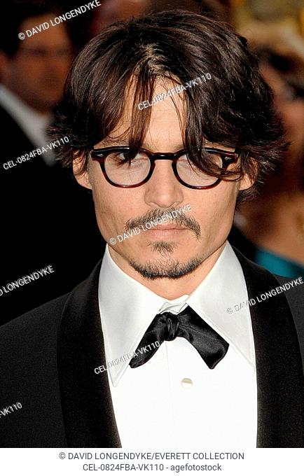Johnny Depp at arrivals for RED CARPET - 80th Annual Academy Awards Oscars Ceremony, The Kodak Theatre, Los Angeles, CA, February 24, 2008