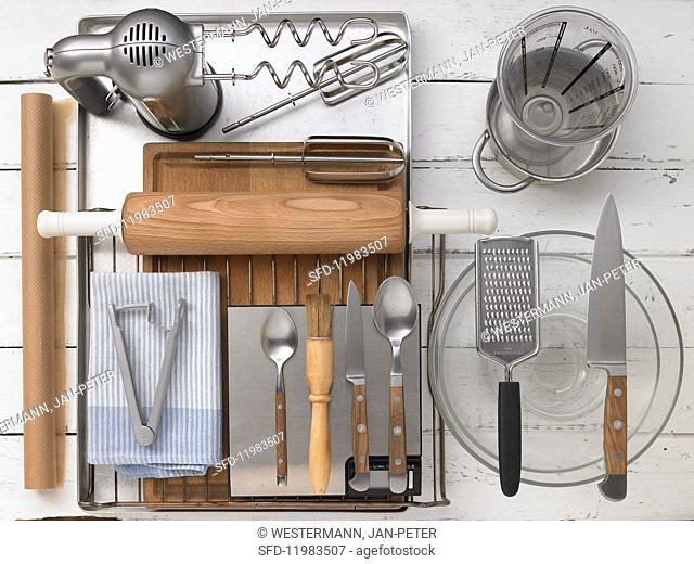 Kitchen utensils for making cherry cake