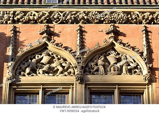 Windows of the gothic Old Town Hall (Stary Ratusz) at the Rynek (Market Square). Wroclaw, Poland