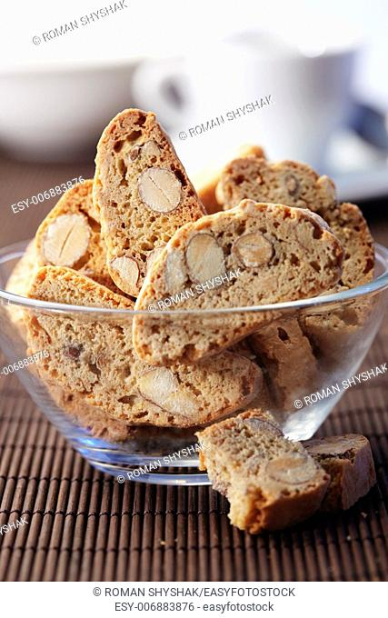Glass Bowl of a Cantuccini cookies