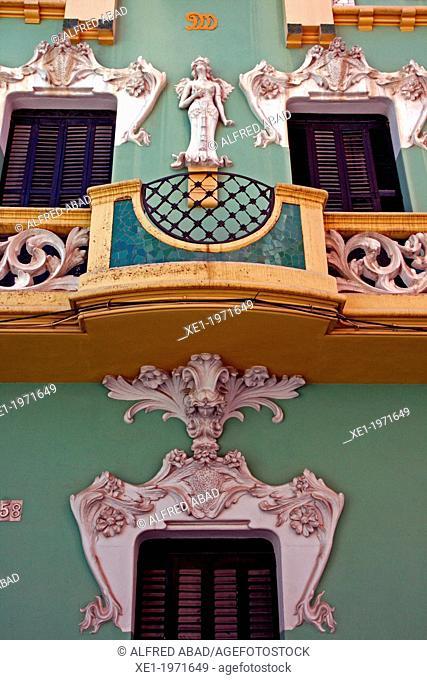 Casa Roda, 1911, modernism, arq. Sebastia Pi, Figueres, Catalonia, Spain