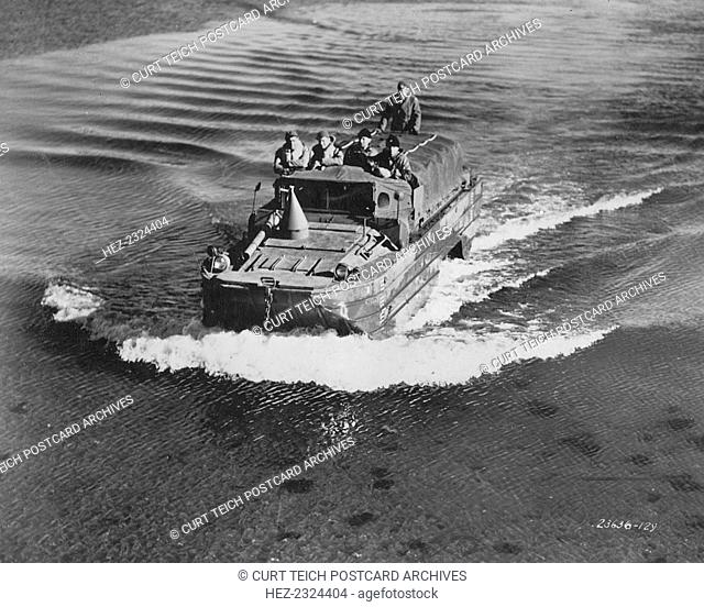 GMC DUKW amphibious vehicle, Fort Sheridan, Illinois, USA, 1940s. Designed in 1942, these vehicles were used to transport troops ashore in amphibious assaults...