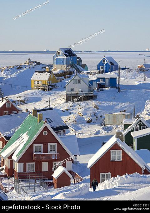 Winter in the town of Upernavik in the north of Greenland at the shore of Baffin Bay. America , Denmark, Greenland