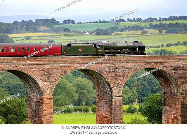 Settle to Carlisle Railway Line. Steam train LMS Royal Scot Class 46115 Scots Guardsman 'The Fellsman', on Dry Beck Viaduct