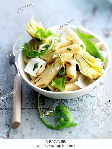 Pasta, artichoke and feta salad