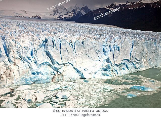Perito Moreno glacier front, Parque Nacional Los Glaciares, Patagonia, Argentina