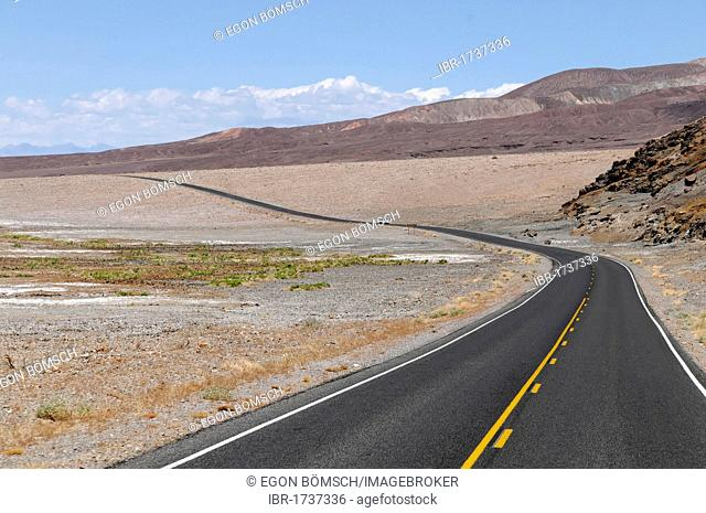 Route 178 in Death Valley, Death Valley National Park, California, USA, North America