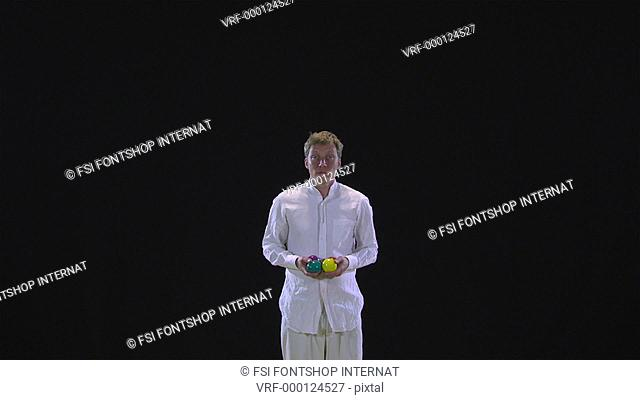 WS, Lockdown, professional juggler juggling