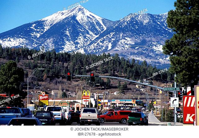 USA, United States of America, Arizona: Flagstaff, US Highway 89A, San Francisco Mountains