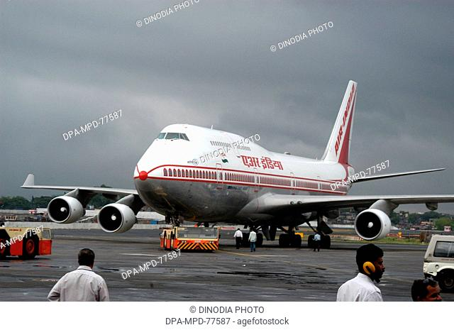 Aeroplane ; Air India's Boeing 747 ; the official carrier of India ; this plane was flag off at the inaugural flight to Los Angeles at Chhatrapati Shivaji...