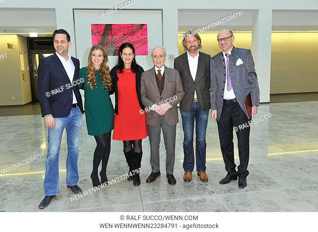 Presser Jose Carreras Gala at Charité. Featuring: Matthias Killing, Nina Eichinger, Gabriele Kröner, Jose Carreras, Marc Rasmus, Dietger W