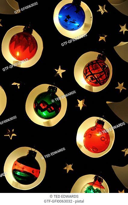 Christmas tree decotaions