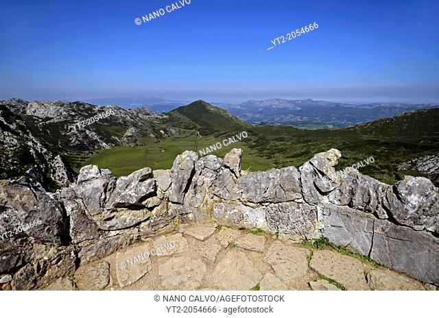 View from Colje de Comeya in Lakes of Covadonga, Asturias
