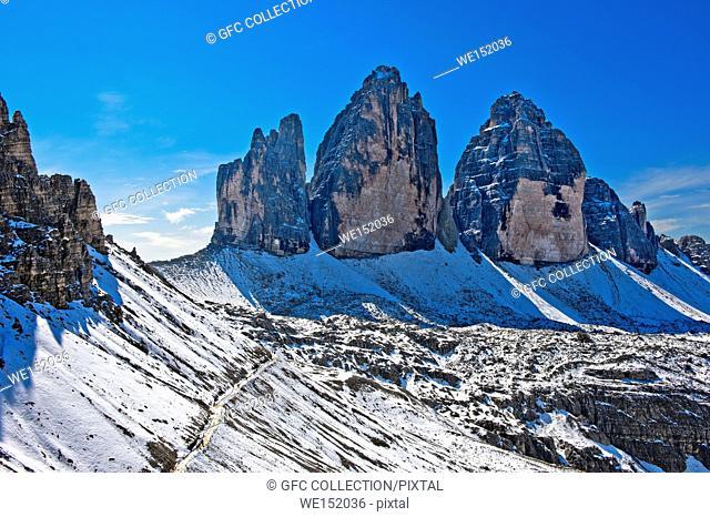 Three Peaks mountains, Tre Cime di Lavaredo, and Lavaredo Col, Forcella di Lavaredo, hiking trail of the Three Peaks Circular Walk in the snow, Sesto Dolomites