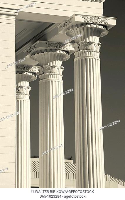 USA, Alabama, Montgomery, Alabama State Capitol, b  1851, columns