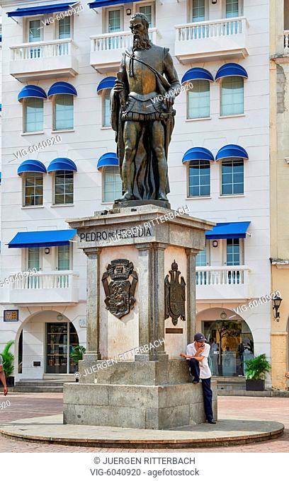 statue of Pedro de Heredia the founder of Cartagena de Indias, Colombia, South America - Cartagena de Indias, Colombia, 27/08/2017