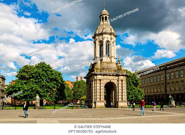 THE CAMPANILE, LIBRARY SQUARE, TRINITY COLLEGE OF DUBLIN UNIVERSITY DATING FROM THE 16TH CENTURY, DUBLIN, IRELAND