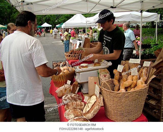Montpelier, VT, Vermont, Farmer's Market, vendor, bread