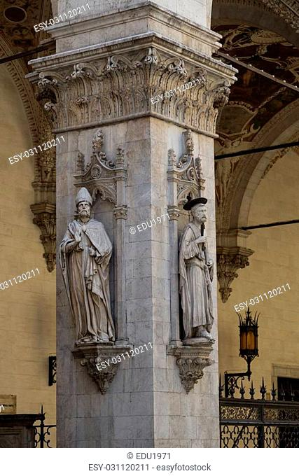 According to ancient legend, Siena was founded by Senio Asquio and children of Remo