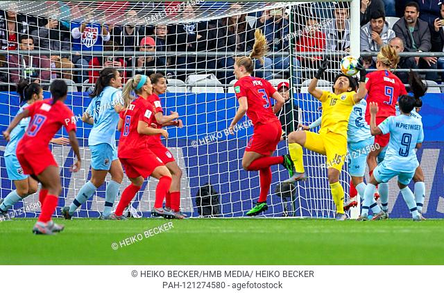 France, Reims, Stade Auguste-Delaune, 11.06.2019, Football - FIFA Women's World Cup - USA - Thailand Photo: vl goalhuterin Sukanya Chor Charoenying (Thailand