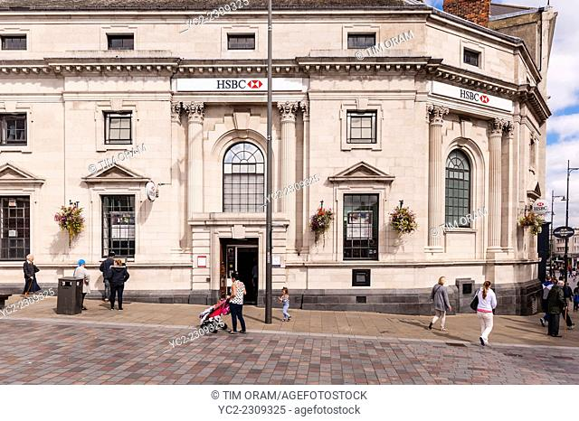 The HSBC Bank in Darlington , County Durham , England , Britain , Uk
