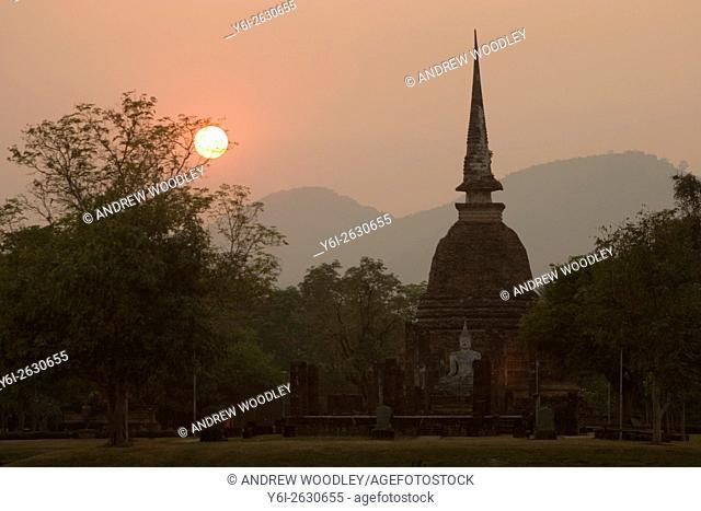 Wat Sa Si sunset view Sukhothai historic temples park Thailand