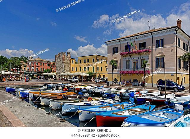 Bank promenade, lake Garda, lake, harbour, port