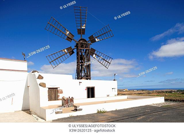 Molina de la Asomada, La Asomada village, Fuerteventura island, Canary archipelago, Spain, Europe