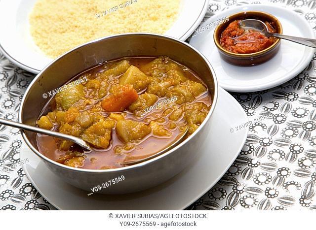 Fasolakia giajni, estofado con patatas