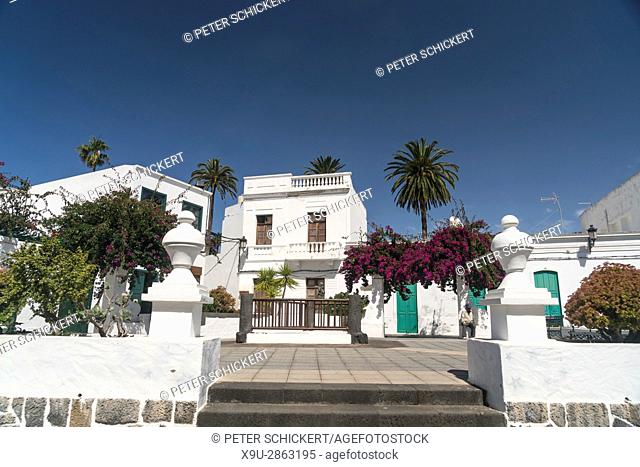 Plaza de la Constitucion, Haria in the Valley of 1000 Palms, Lanzarote, Canary Islands, Spain