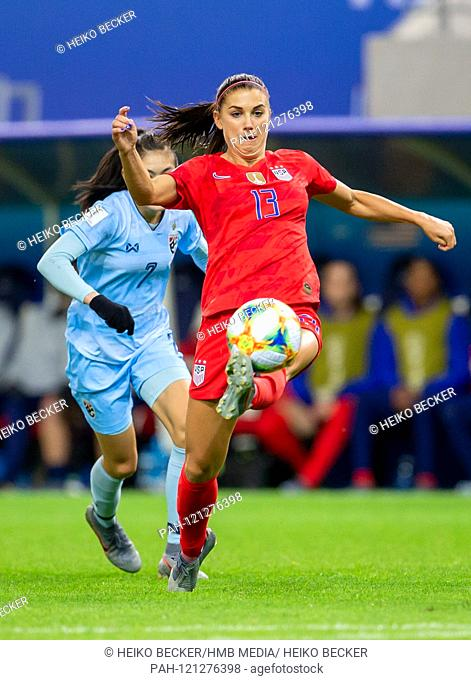 France, Reims, Stade Auguste-Delaune, 11.06.2019, Football - FIFA Women's World Cup - USA - Thailand Photo: from left Silawan Intamee (Thailand