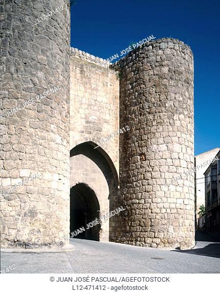 Puerta de los Herreros (13th century), town gate of Almazán. Soria province, Castilla-León, Spain