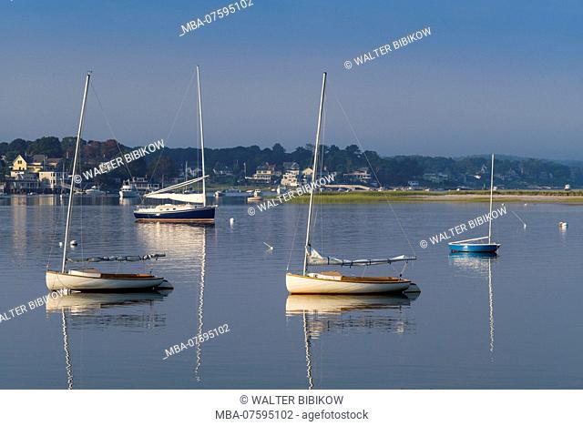 USA, New England, Cape Ann, Massachusetts, Annisquam, Annisquam River, sailing boats, dawn