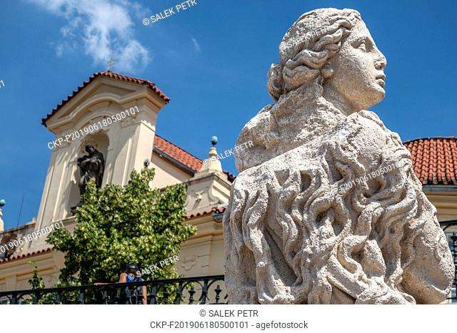 Members of the Association for the Marian Column Revival have stayed since Saturday in Old Town Square in Prague centre where they want to erect a copy of the...