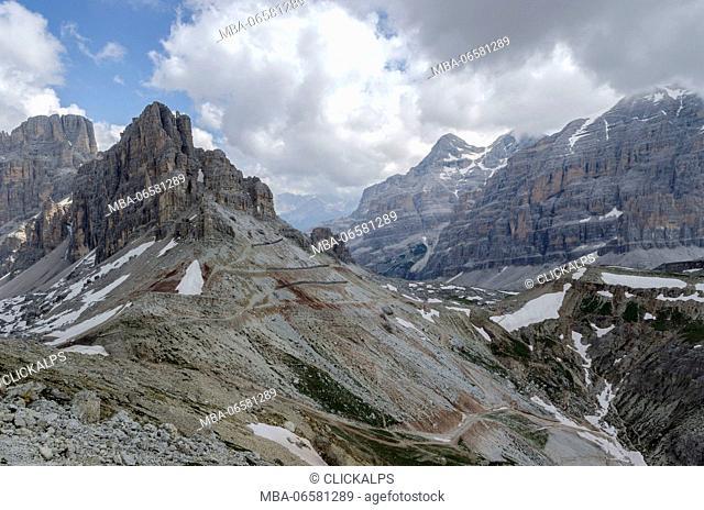 Lagazuoi, Tofana, Cortina d'Ampezzo, Dolomiti, Dolomites, Veneto, Italy, Path to Tofana