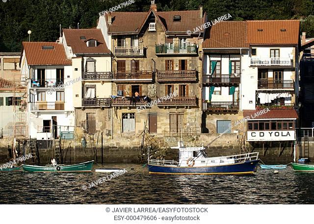 Port, Pasajes de San Juan, Pasai Donibane, Gipuzkoa, Euskadi