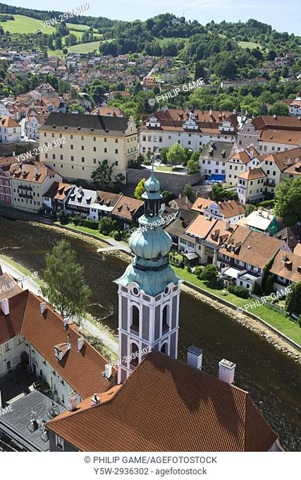 Looking down from the castle and across the Vltava (Moldau) at Cesky Krumlov, Czech Republic