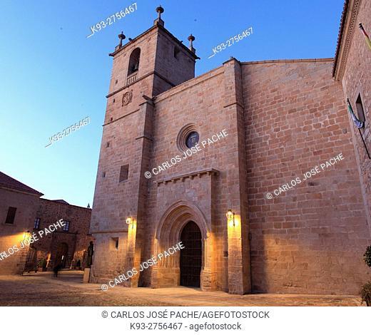 Concatedral de Santa Maria, Momumento historico de caceres