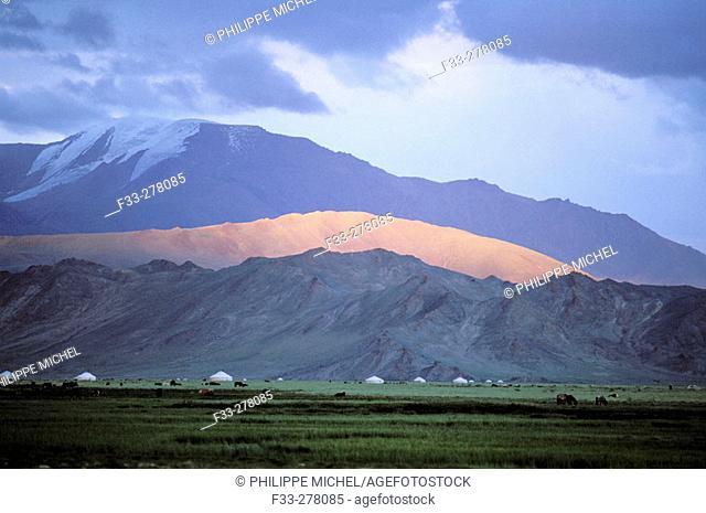 Kazakh camp. Tolbo. Bayan-Olgii province. Mongolia