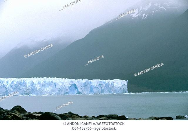 Perito Moreno glacier, Los Glaciares National Park. Patagonia, Argentina