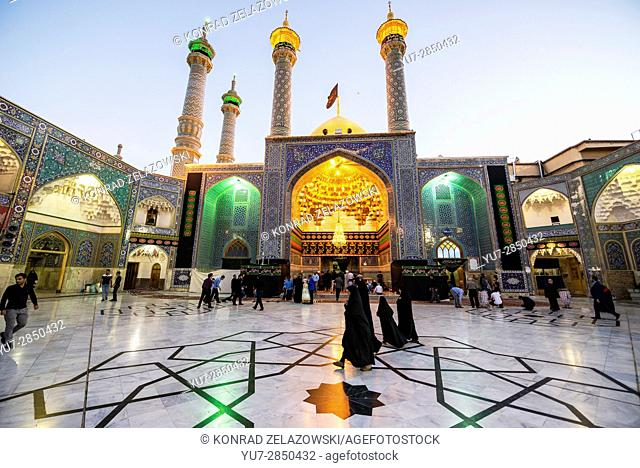 Entrance to Fatima tomb in Fatima Masumeh Shrine, Shiah Islam holy place in Qom city, capital of Qom Province of Iran